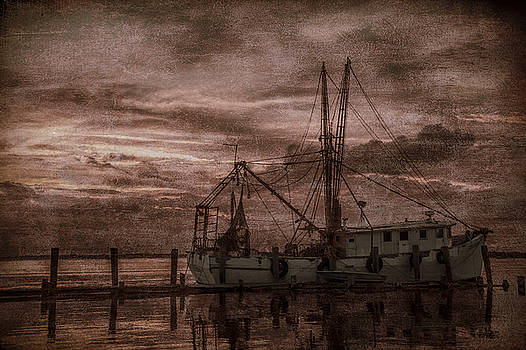 Ghost Ship by Dave Bosse