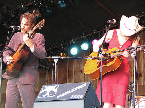 Gillian Welch and David Rawlings 01 by Julie Turner