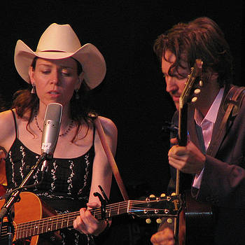 Gillian Welch and David Rawlings 03 by Julie Turner
