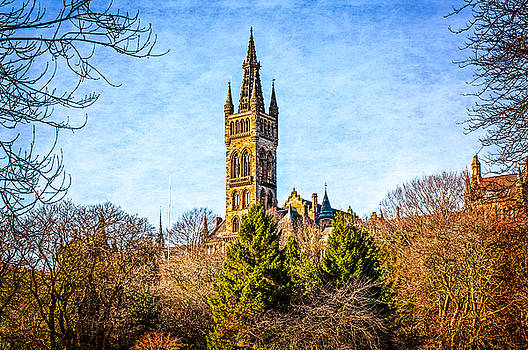 Glasgow Uni From Kelvingrove Park by Tylie Duff