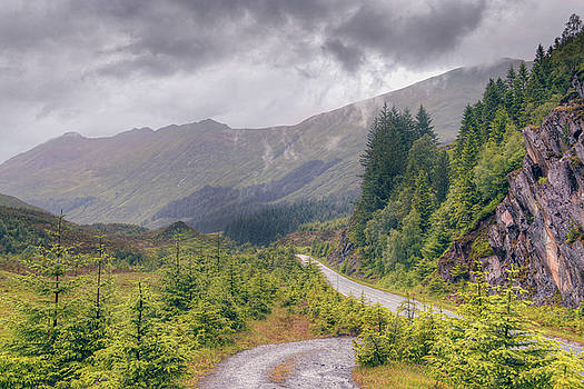 Glen Shiel  by Ray Devlin