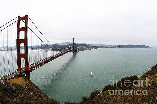 Golden Gate North Tower by Leslie Hunziker