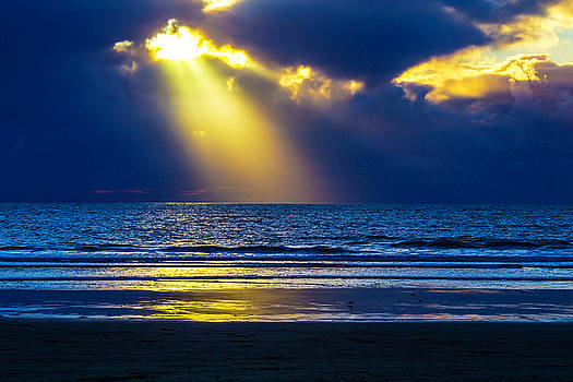 Golden Shaft Of Light by Garry Gay