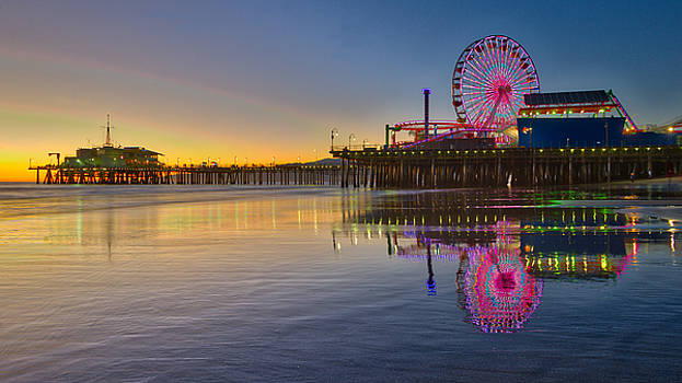 Golden Sunset at Santa Monica Pier by Zoe Schumacher