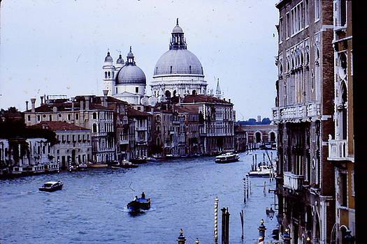 Gran Canal- Venice by Hugh Peralta