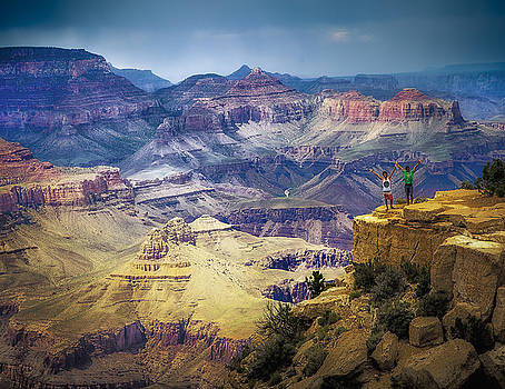 Grand Canyon Hello by James Bethanis