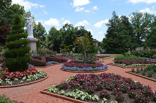 Grand Garden by Sue Houston