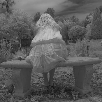 Rolf Bertram - Graveyard Girl 352