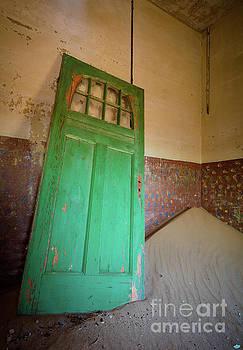 Inge Johnsson - Green Door
