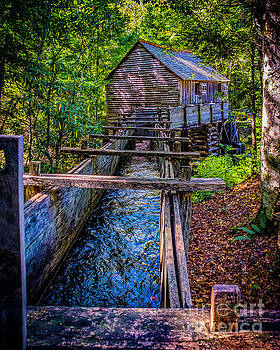 Nick Zelinsky - Grist Mill in Cades Cove