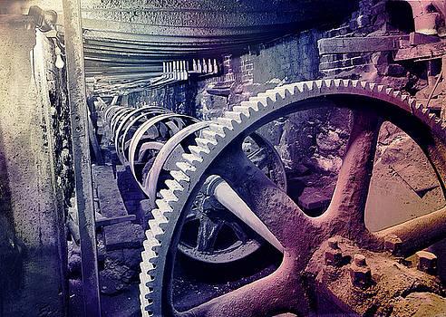 Grunge Large Gear by Robert G Kernodle