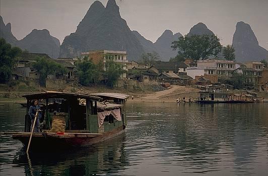 Guilin Limestone Peaks by Travel Pics