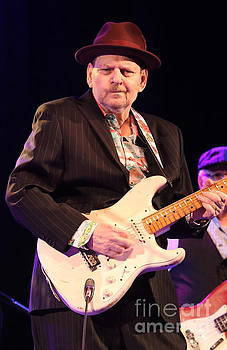 Guitarist Ronnie Earl by Ronnie Earl and The Broadcasters