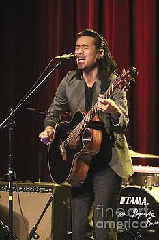 Guitarist Shun Ng by Front Row Photographs