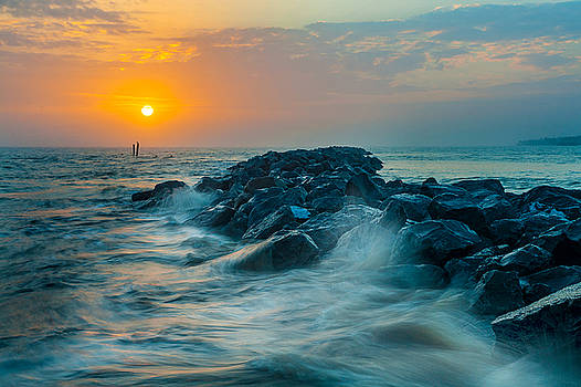 Gulf Of Mexico AL Dauphin Island Sunset by Robert Stephens