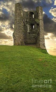 Hadleigh Castle at Sunset by Vicki Spindler