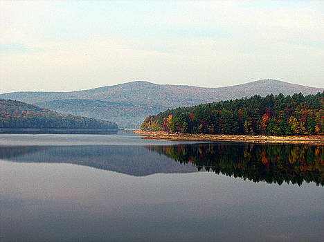 Harriman Reservoir by GJ Blackman