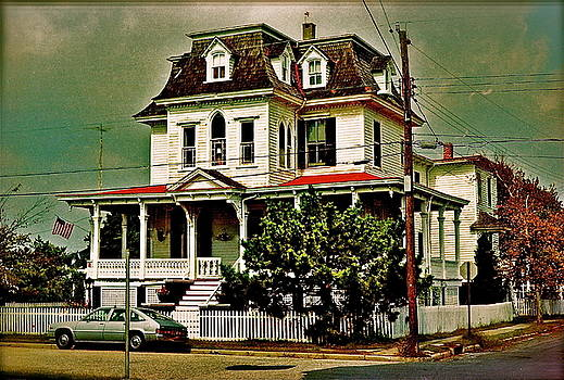 Haunted Cape May by Ira Shander