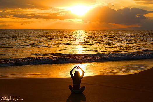 Hawaiian Horizon by Michael Rucker