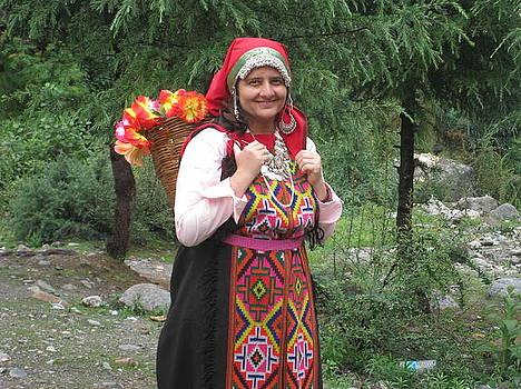 Himachal Dress by Saman Khan
