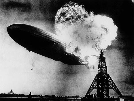 Hindenburg Disaster - Zeppelin Explosion by War Is Hell Store