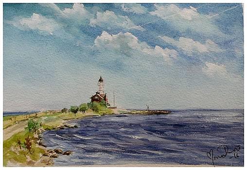 Hogby Lighthouse by Mona Davis