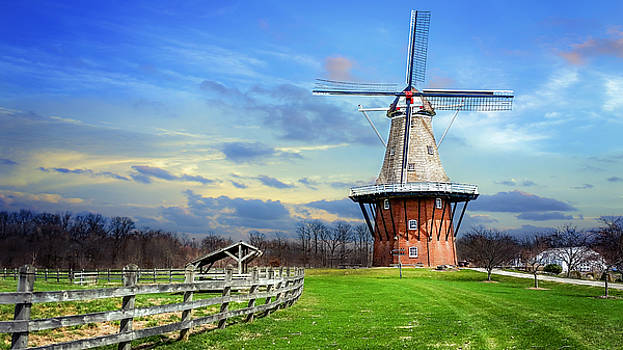 Holland Windmill by Tammy Chesney