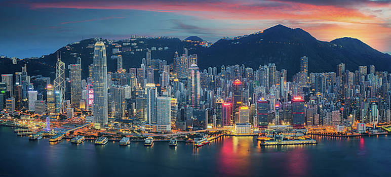 Hong Kong Island from Kowloon by Anek Suwannaphoom