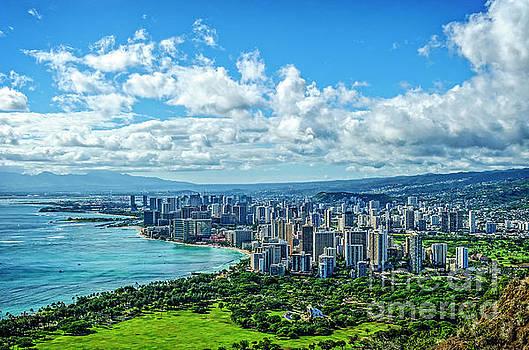 Honolulu, Hawaii by Charles Dobbs