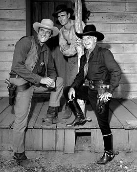 Hoppy Visits Dodge City by Robert Harland Perkins