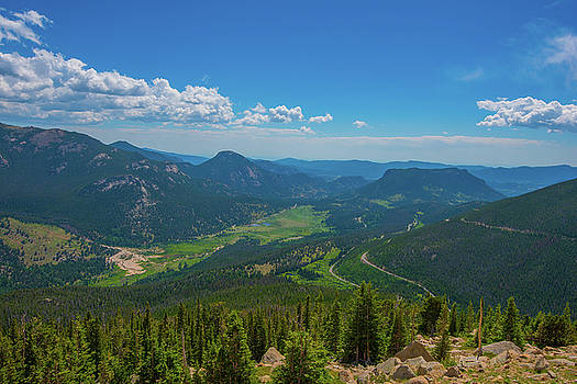 Horseshoe Park From Rainbow Curve 1 by Tom Potter