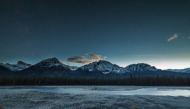 Icefield Parkway Twilight by Bun Lee