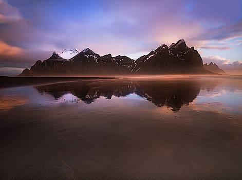 Larry Marshall - Iceland Sunset Reflections