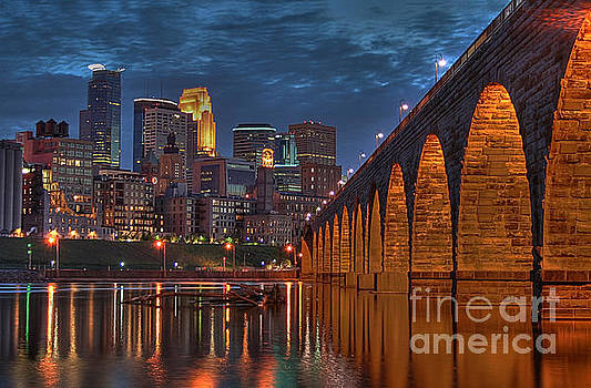 Iconic Minneapolis Stone Arch Bridge by Wayne Moran