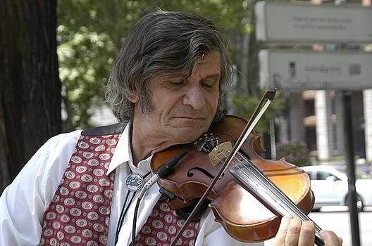 Immigrant Violinist by Hugh Peralta