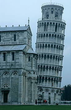 Sami Sarkis - Impressive view of the cathedral standing alongside the Leaning Tower of Pisa