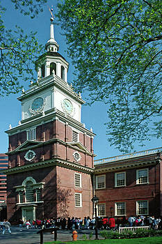 Independence Hall by Sally Weigand