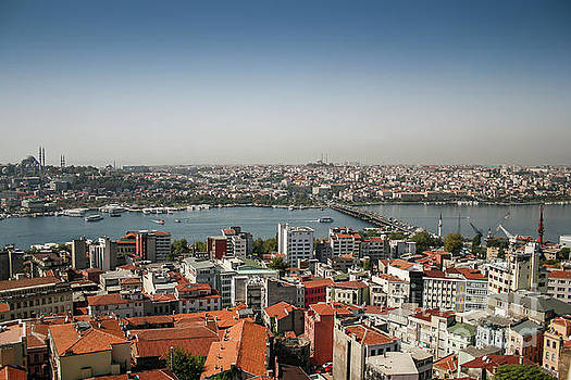 Istanbul East and West by Patricia Hofmeester