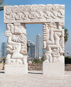 Jaffa, Statue of Faith 1 by Ilan Rosen