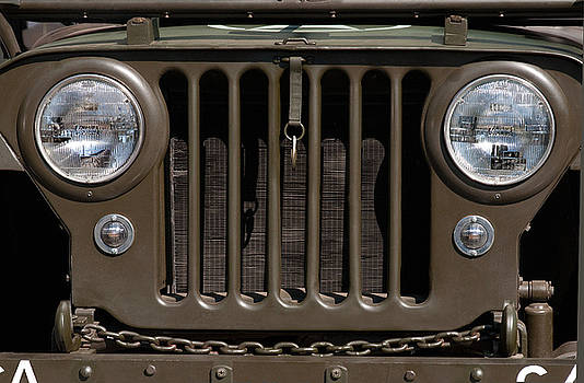 Jeep Grill by Dan Holm