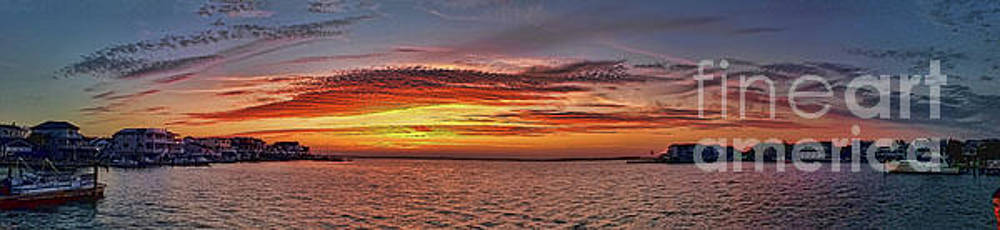 Jersey Shore Panorama Ship Bottom by Jeff Breiman