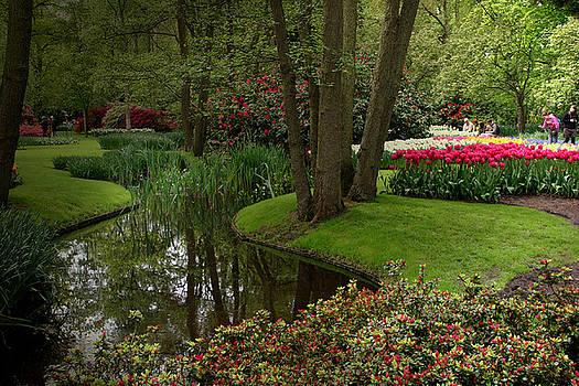 Keukenhof Gardens by Jim Kuhlmann
