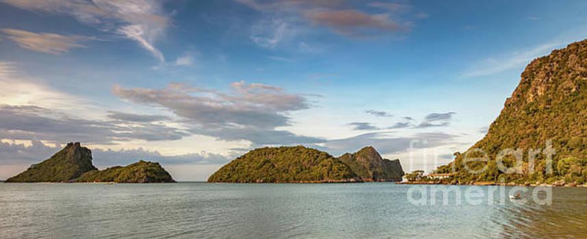Adrian Evans - Ko Rom Thailand