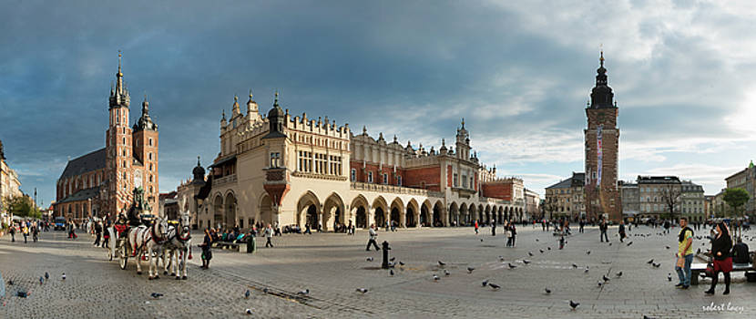 Krakow's grand square by Robert Lacy