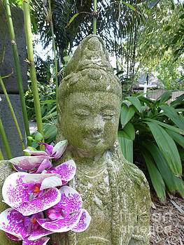 Kuan Yin with Orchids by To-Tam Gerwe