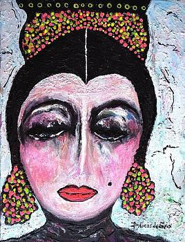 La Duena by Darlyne Sax