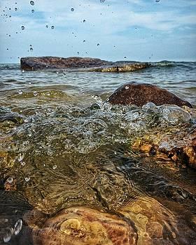 Lake Michigan Splash by Nikki McInnes