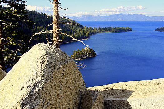 Lynn Bawden - Lake of the Sky