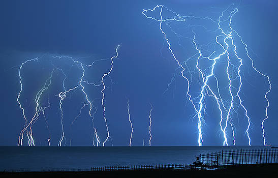 Lake St. Clair Lightning by Cale Best