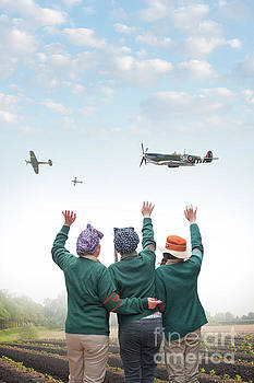 Land Girls Waving At Spitfire Airplanes by Lee Avison